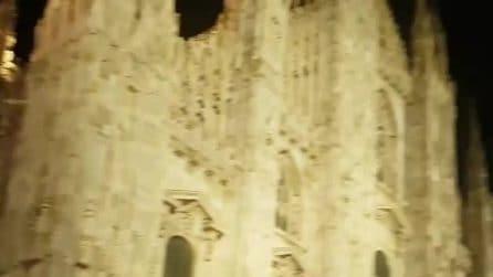 Milano, lo spettacolo del Duomo di sera