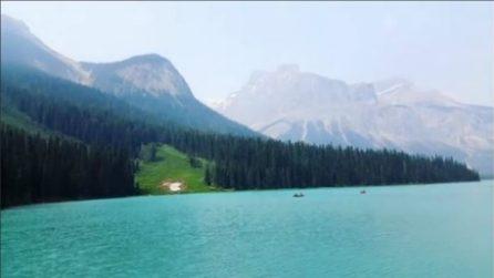 Un paesaggio che ti lascia senza parole: la magnificenza del Lago Emerald