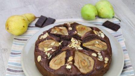 Torta pere e cioccolato con cuore morbido: il trucchetto che proverete tutti!