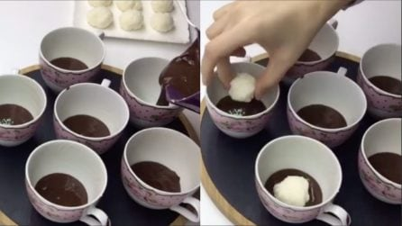 Versa la cioccolata nelle tazzine: l'idea veloce per cuocere i tortini