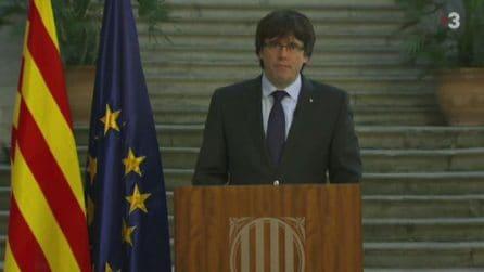 Catalogna, Puigdemont cauto: opposizione democratica a Madrid