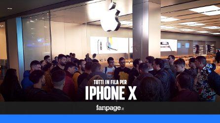iPhone X: iniziate le file per acquistare il nuovo smartphone di Apple
