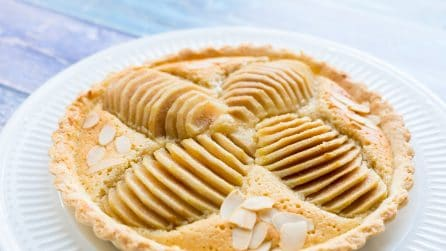 Pear cake: easy and tasty!