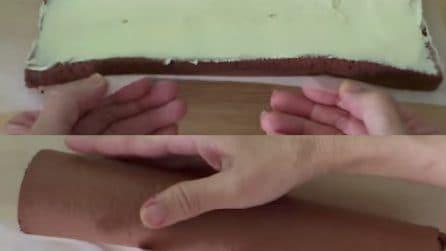 Avvolge la torta come fosse una pergamena: il risultato finale è meraviglioso