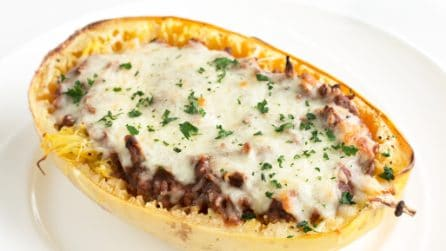 Baked Spaghetti Squash with Italian Meat Sauce