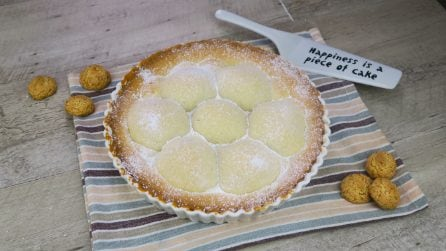 Amaretti and peaches pie: you've never seen a dessert so tasty!