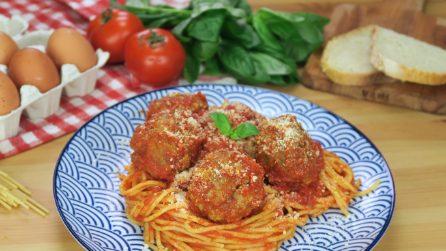 Spaghetti con le polpette: la combinazione gustosa da provare subito!