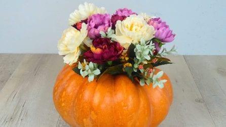 Come trasformare una zucca in un vaso di fiori