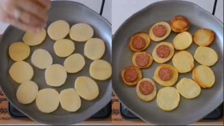 Mette il salame sulle fette di patate: uno snack veloce ottimo per gli aperitivi