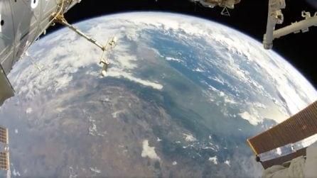Passeggiata spaziale con vista mozzafiato: da qui è possibile ammirare la bellezza della Terra