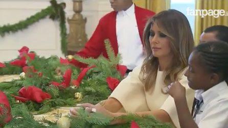 Il Natale alla Casa Bianca: le prime decorazioni presentate da Melania Trump