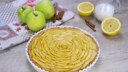 Apple rose pie: a delicate and aromatic fall dessert!