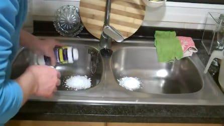 Il modo pratico e veloce di pulire lo scarico del lavello