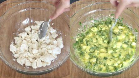 Mischia formaggio e uova e prepara degli snack veloci e saporiti