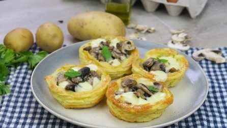 Potato baskets filled with mushrooms: perfect if you want to prepare a meal that is rich in flavors.