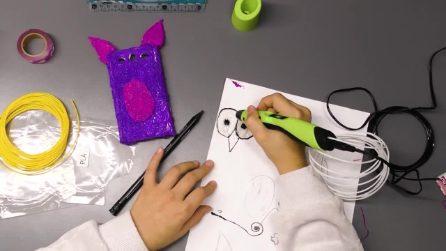 La cover del telefono fai da te: il ragazzino personalizza il suo cellulare