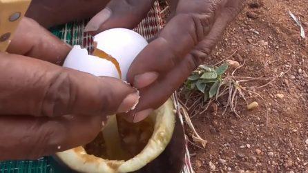 """Cuoce l'uovo nella melanzana: una ricetta """"curiosa"""""""
