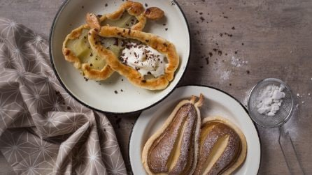 2 ways pears puff pastry