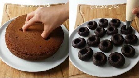 Sbriciola la torta al cioccolato e prepara dei dolcetti squisiti
