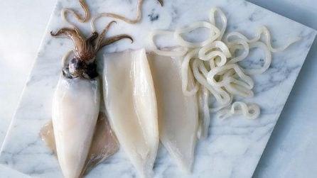 Il metodo più veloce per pulire i calamari in un minuto