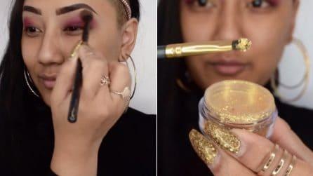Glitter dorati sugli occhi: un make-up scintillante per le feste