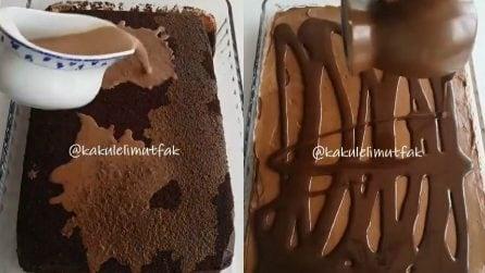 Versa il caffellatte e il cioccolato sulla torta: un dolce da leccarsi i baffi