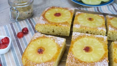 Pineapple upside-down cake: you've never tried a cake this moist and delicious!