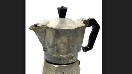 Modo alternativo per riciclare vecchie caffettiere