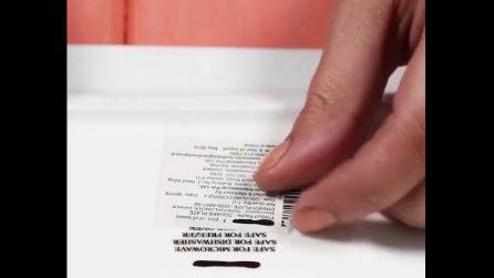 L'etichetta del piatto non viene via: ecco un metodo per rimuoverla