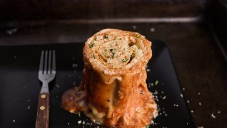 Lasagna in a cup: a tasty idea!