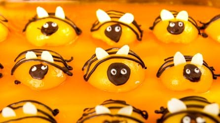 Bumble Bee Apricot Cake