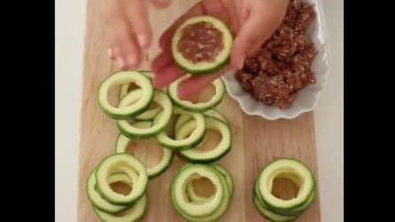 Anelli di zucchine ripieni di carne macinata: una ricetta da leccarsi i baffi