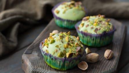 Muffin al pistacchio dal cuore morbido: il dessert perfetto per i golosi!
