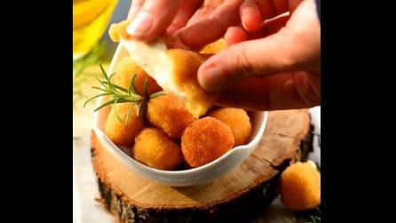 Mozzarelline fritte e filanti: ecco come prepararle velocemente