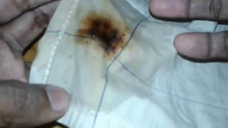 Come rimuovere le macchie di caffè