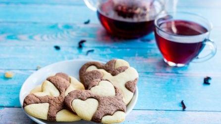 Biscotti romantici: ecco cosa regalare alla persona che ami di più!