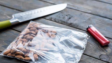 Come sigillare una busta con un coltello