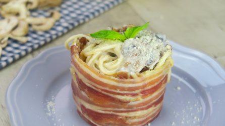 Bicchieri di pancetta: l'idea geniale per servire la pasta!