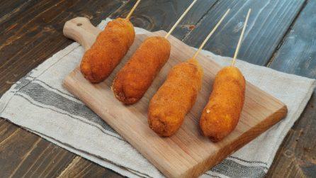 Spiedini di toast fritti: la ricetta da leccarsi i baffi