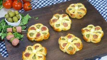 Puff pastry flowers: a fun appetizer that'll be ready in minutes if you follow this great tip!