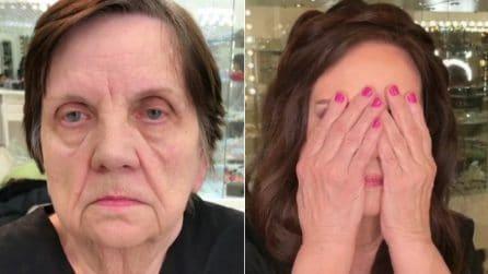 Ha 80 anni ma in pochi minuti si trasforma: la magia del trucco