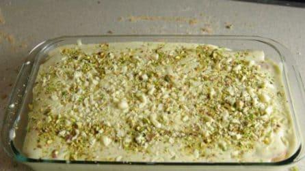 Tiramisù al pistacchio: un dessert da leccarsi i baffi