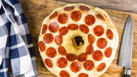 Ciambellone di pizza: non ne farete più a meno!