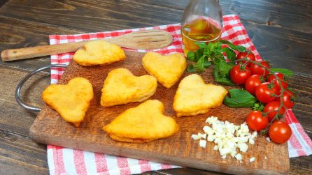 fried hearts: tasty pizza ready in a few minutes