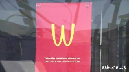 McDonald's festeggia le donne: la M gialla capovolta diventa W