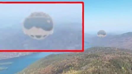 """""""Una strana sfera fluttua sul lago"""", la realtà però è ben diversa"""