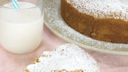 Torta al latte caldo, non avete mai provato una torta così morbida e soffice!