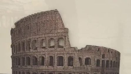 Usa centinaia di semplici viti, ma crea una splendida opera d'arte