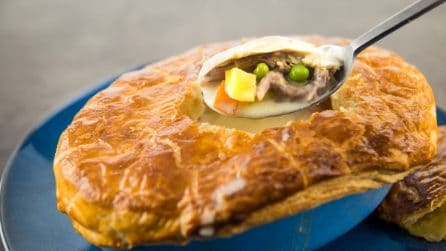 Zuppa di pollo in crosta: stupirete i vostri ospiti!