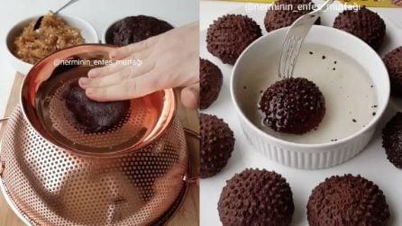 Usa uno scolapasta e prepara dei magnifici biscotti